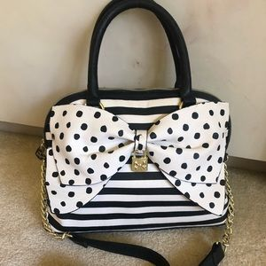 Betsey Johnson Black & White bow bag, Padlock lock
